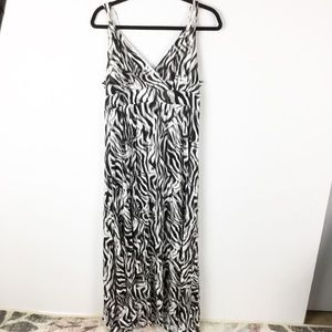 Jennifer Lopez Maxi Dress Size XL Black And White